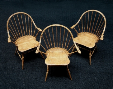 Emil commented that it was a big challenge to making one Windsor chair but a bigger one to make all three to match!